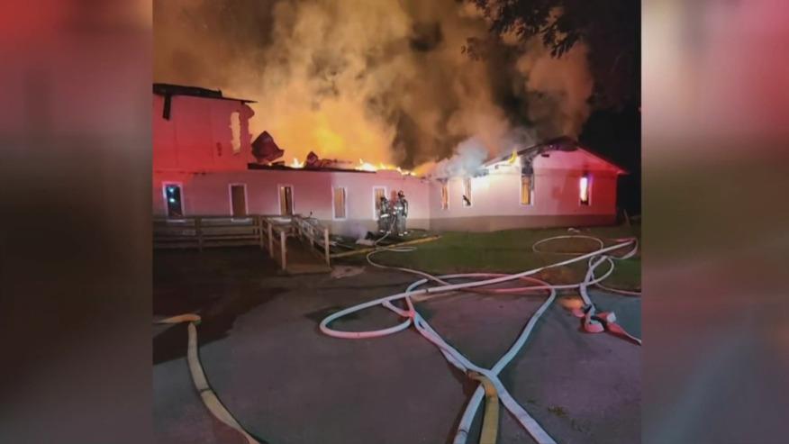 Incendio daña gravemente iglesia de Anniston