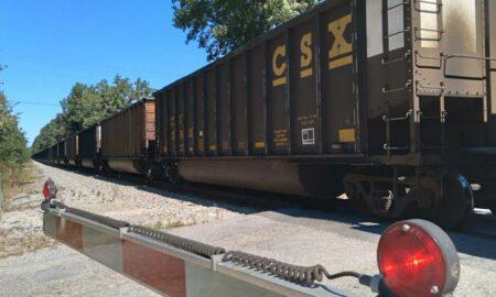 Un muerto después de un accidente que involucró a un tren en la Hwy. 22