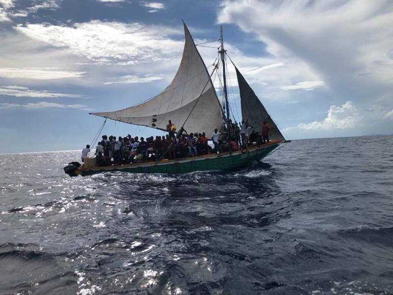 Guardia Costera intercepta a un centenar de haitíanos en la costa de Florida