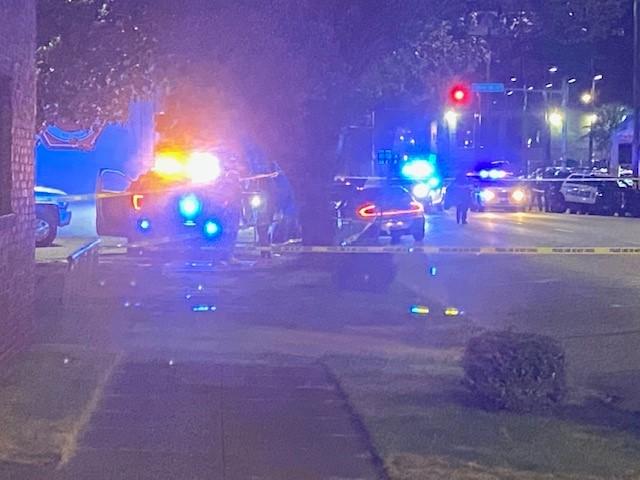 1 muerto tras tiroteo en 4th Avenue South en Birmingham