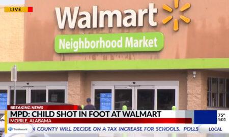 Niño de 5 años herido de bala durante pelea dentro de un Walmart en Mobile