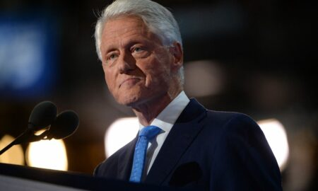Bill Clinton recibe el alta hospitalaria tras recuperarse de su infección
