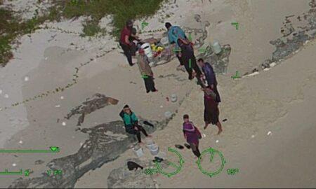 La Guardia Costera de EEUU rescata a 10 balseros cubanos varados en Bahamas