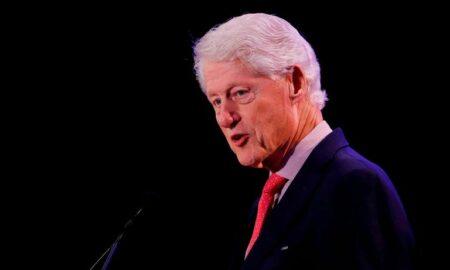 Bill Clinton, hospitalizado por una infección