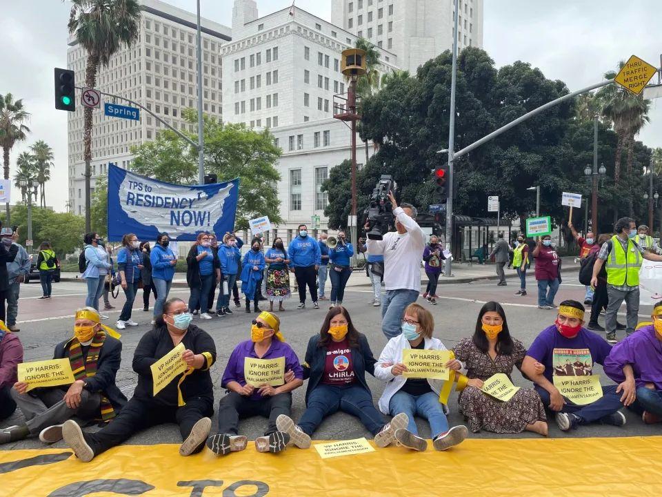 Desobediencia civil y arrestos en llamado para aprobar reforma migratoria