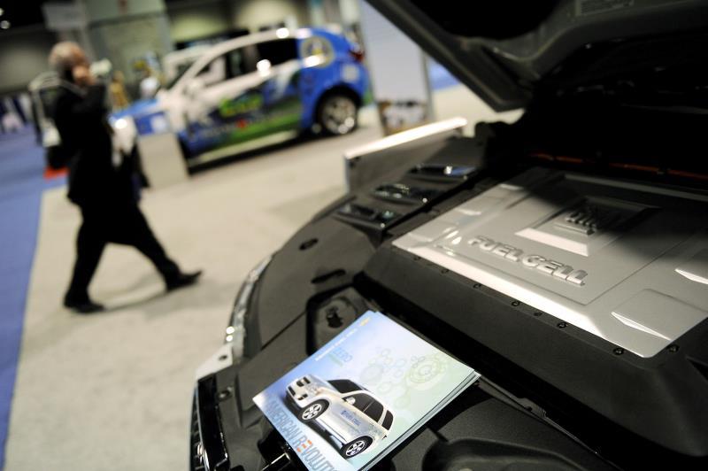 Las grandes marcas de coches se ponen las pilas para producir baterías