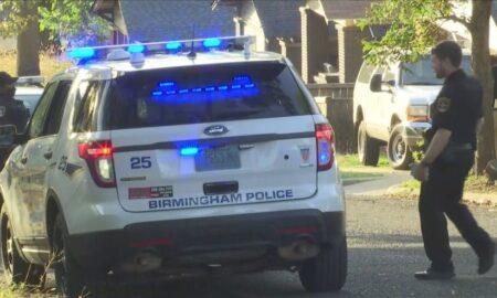 Hombre con herida de bala encontrado en un porche en el vecindario Inglenook de Birmingham